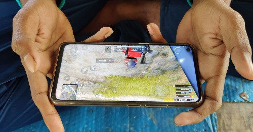 Apple goes to war with video game streaming platforms in App Store rules update