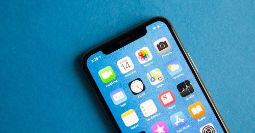 Apple gives older iPhones the gift of FaceTime HD