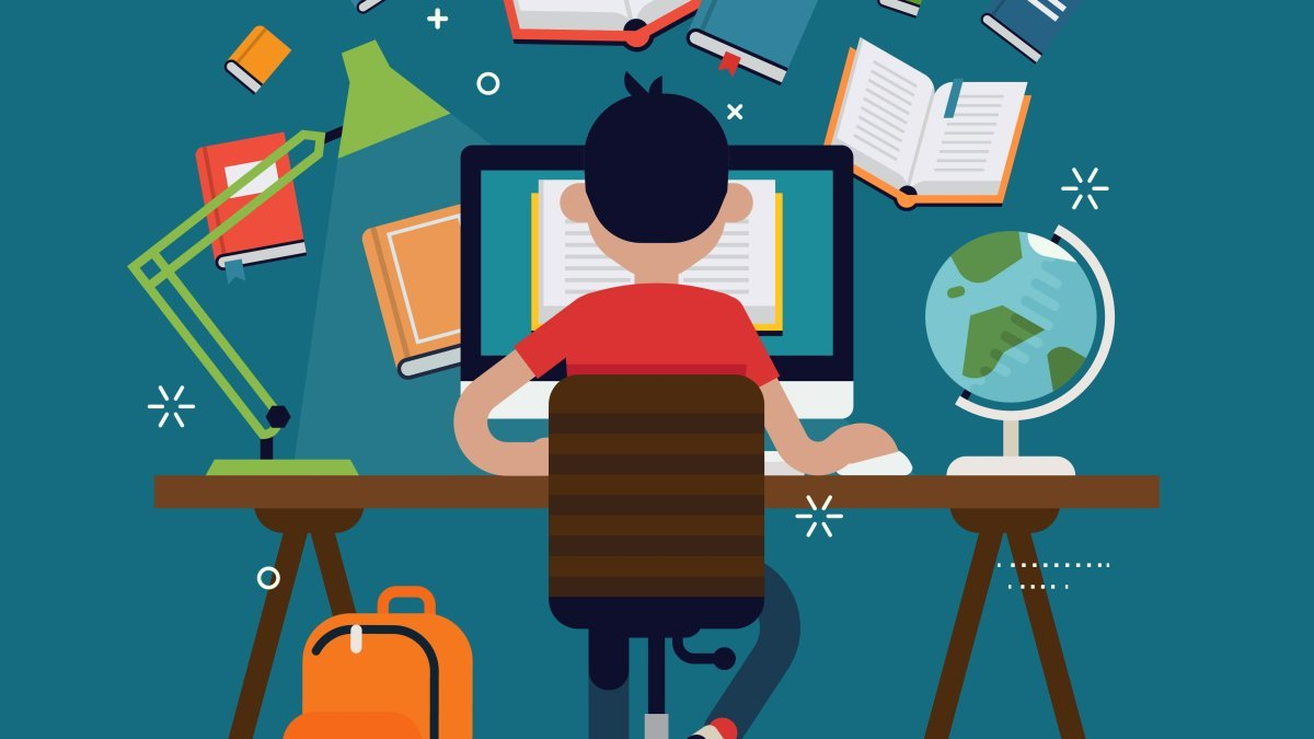 10 Websites and 11 Apps All College Students Need - cover