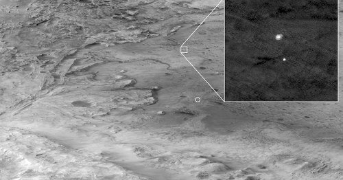 Martian satellite captures rover parachuting through Mars' atmosphere