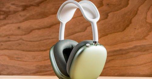 Apple changes headphones emoji to look like AirPods Max