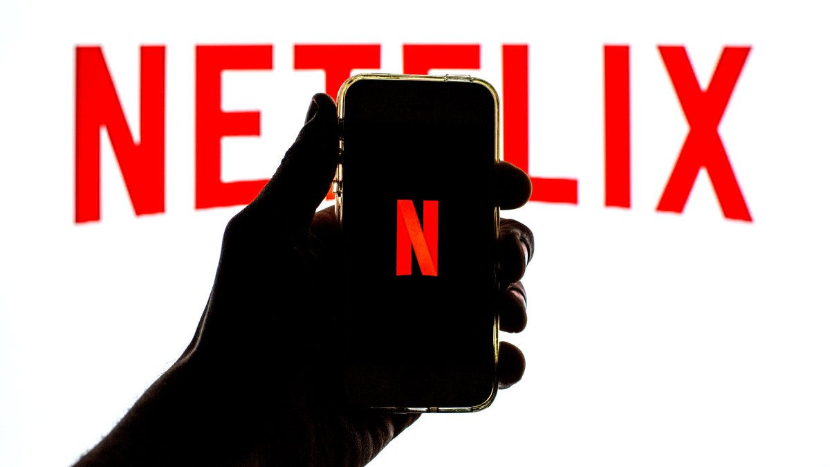 How to download Netflix movies and shows for offline viewing