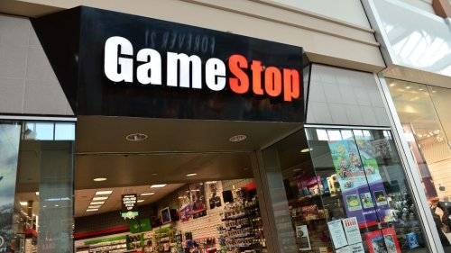 Reddit traders push GameStop stock to towering heights while pros look in disbelief