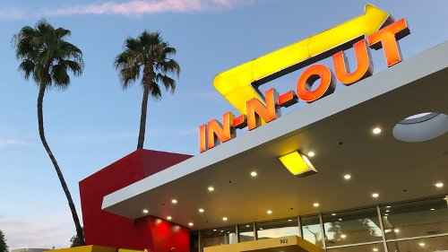 The Real Reason You'll Never Find An In-N-Out Burger On The East Coast