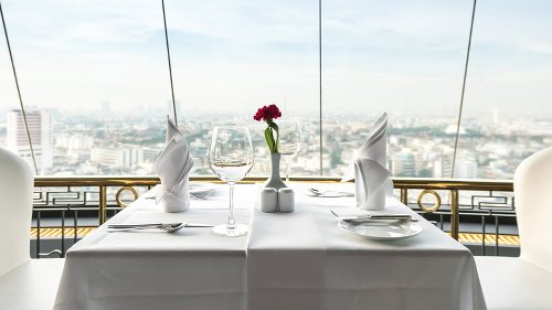 Bizarre Rules That Upscale Restaurants Follow