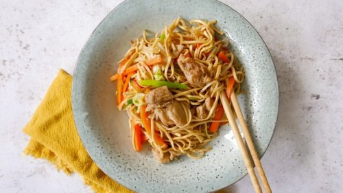 This Scrumptious Chow Mein Comes Together In No Time