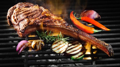 Sneaky Ways Steakhouses Are Scamming You