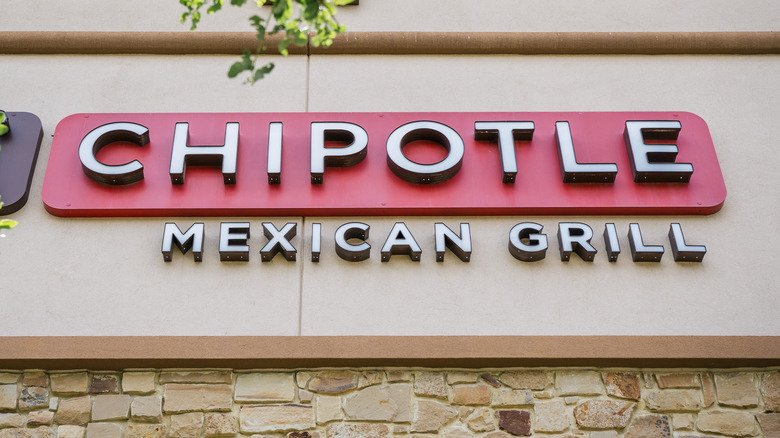 Popular Chipotle Menu Items Ranked Worst To First
