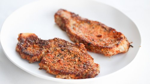Mouthwatering Pan Seared Pork Chops Recipe You Can Make Even On Busy Days