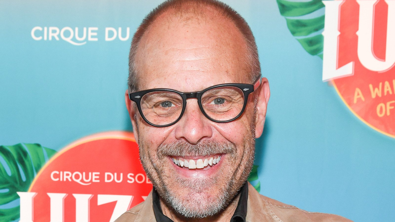 The Stunning Amount Alton Brown Is Really Worth