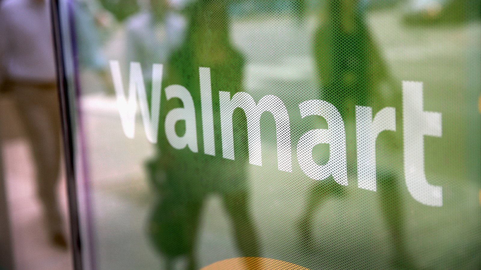 The Customer Behavior That Walmart Employees Can't Stand