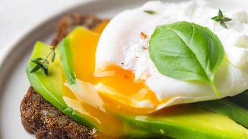 The Trick To Making Poached Eggs In The Oven
