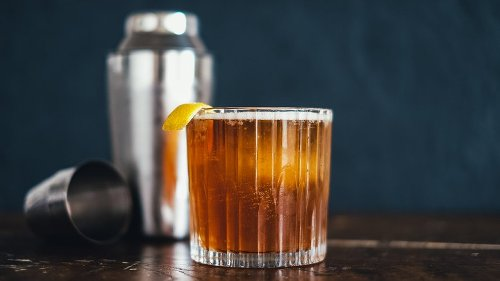 Classic Cocktails You Should Know How To Make