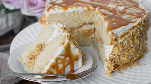 Mashed Recipe: Easy Salted Caramel Vanilla Crunch Cake Recipe