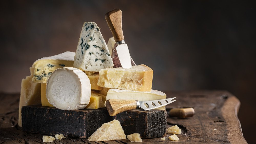 7 Cheeses You Should Be Eating And 7 You Shouldn't