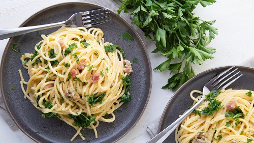 Rachael Ray's Carbonara With A Twist