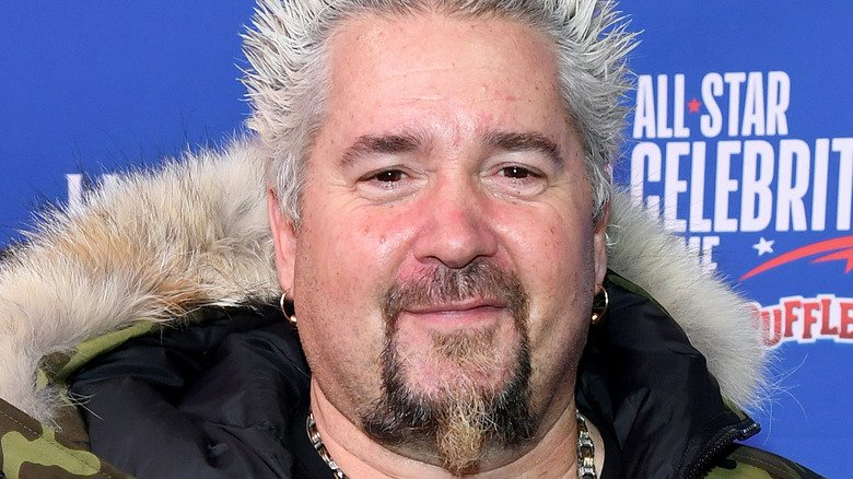 Diners, Drive-Ins And Dives Has Been Lying To Fans For Years