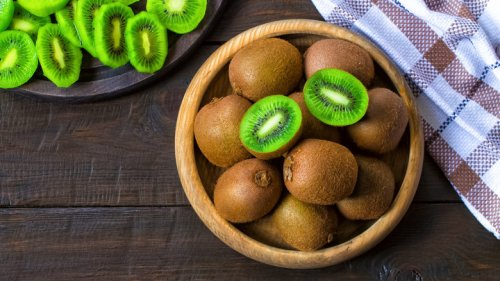 You Should Never Mix Kiwi And Dairy. Here's Why