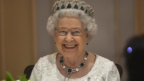 The One Surprising Thing The Queen Refuses To Eat