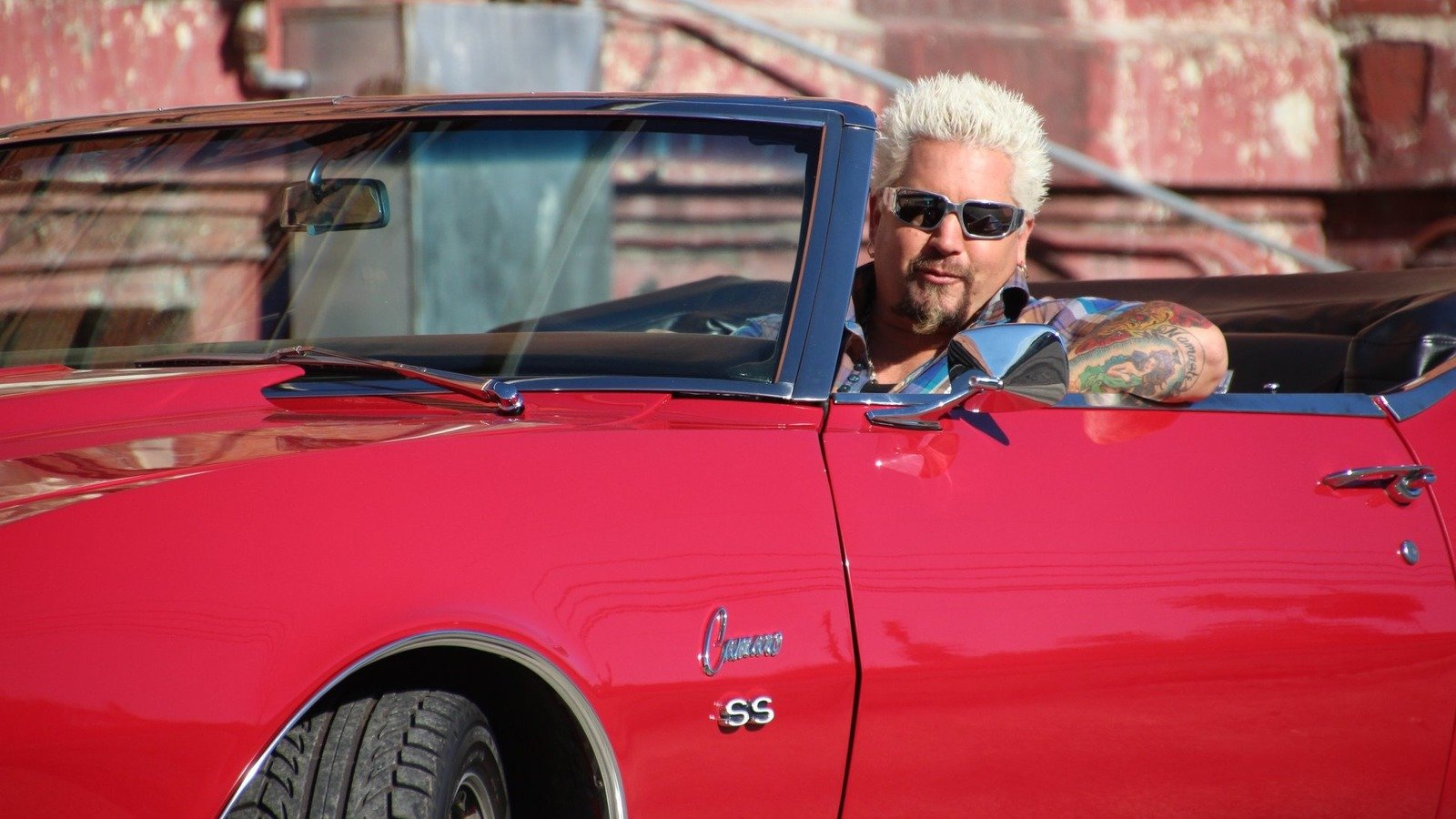 Weird Rules Restaurants Are Forced To Follow On Diners, Drive-Ins And Dives