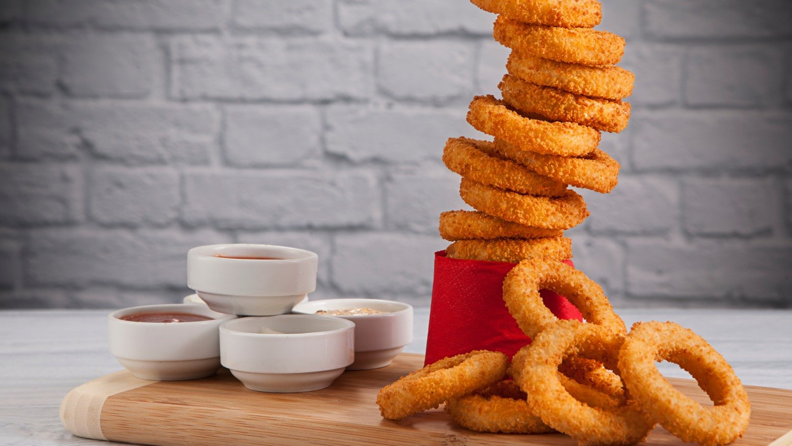 Fast Food Onion Rings Ranked Worst To First