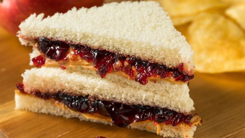 Insanely Delicious Things You Should Put On Your PB&J