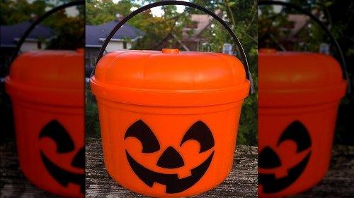 What Ever Happened To McDonald's Halloween Buckets?