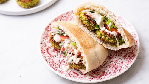 Classic Falafel Sandwich Recipe That Chickpea Fans Will Absolutely Devour