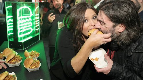The Truth About Rachael Ray's Odd First Date With Her Husband