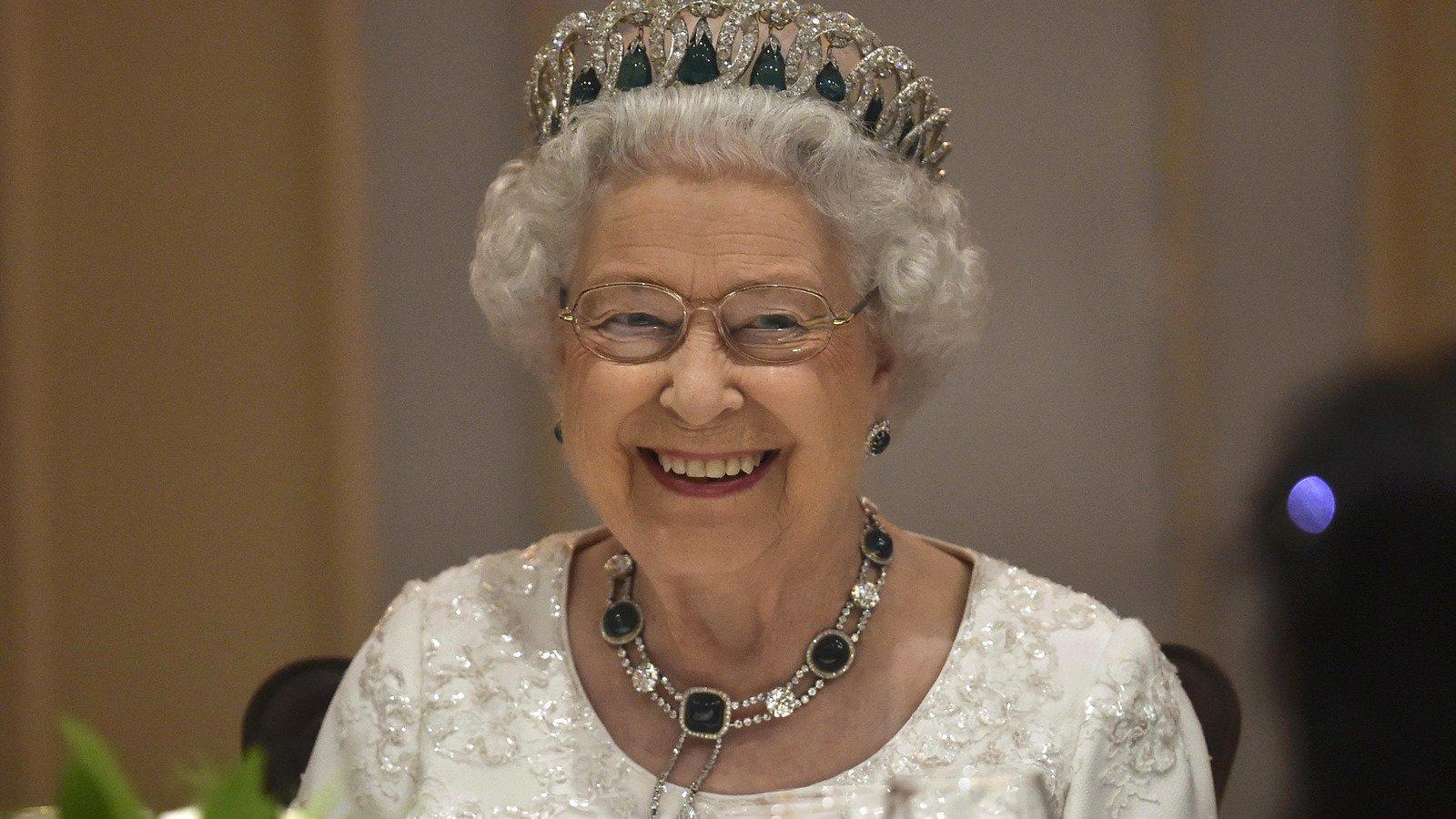 Queen Elizabeth II Refuses To Eat This Spice