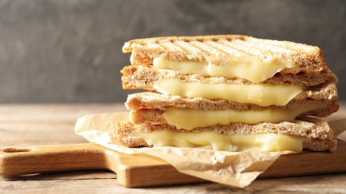 Chain Restaurant Grilled Cheeses Ranked Worst To Best
