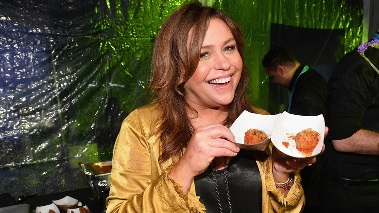 This Is What Rachael Ray Really Eats In A Day