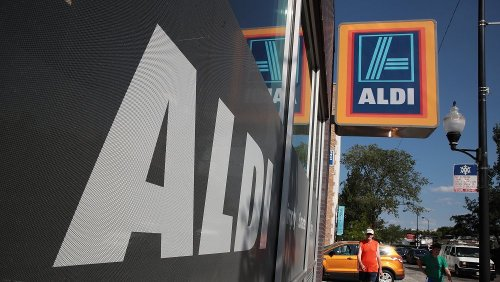 Why You Should Never Buy Your Produce From Aldi