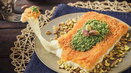What Is Kunafa And What Does It Taste Like?