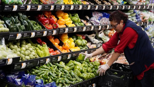 Why You Should Steer Clear Of The Fresh Produce At Walmart