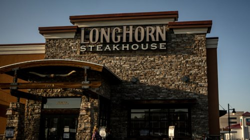 Here's How Much LongHorn Steakhouse Employees Really Make