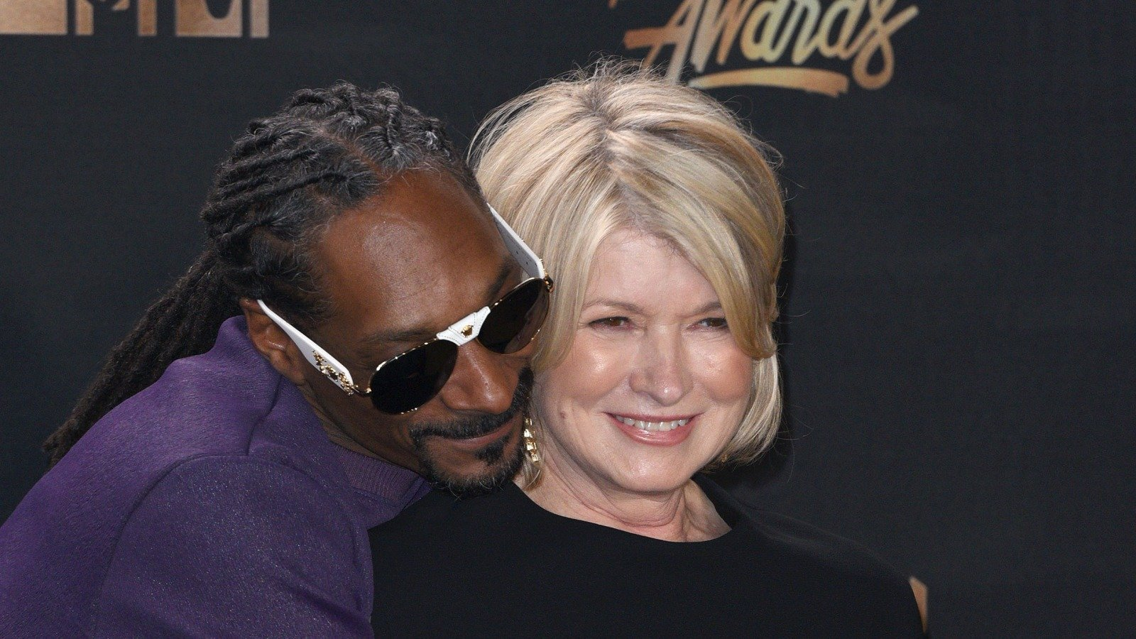 Martha & Snoop's Relationship Isn't What You Think It Is