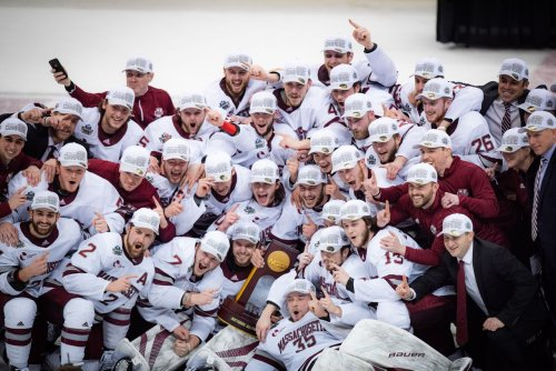 Hundreds of fired up UMass students celebrate Minutemen's first NCAA hockey title