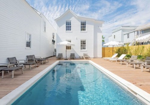 12 Airbnbs in Charleston for a bachelorette party filled with southern charm