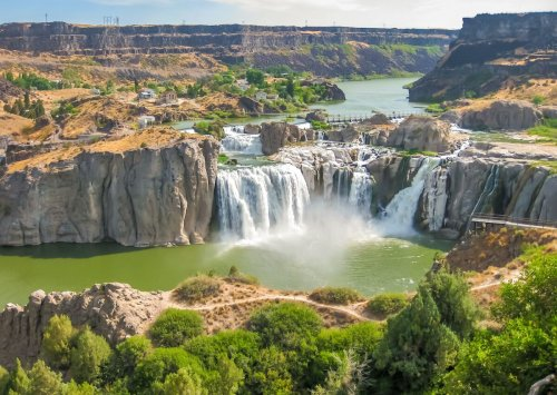 How to make the most of your trip to the 'Niagara Falls of the West'