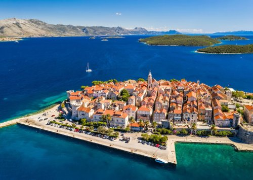 Act now to sail Croatia on a luxury yacht for an unbelievable price