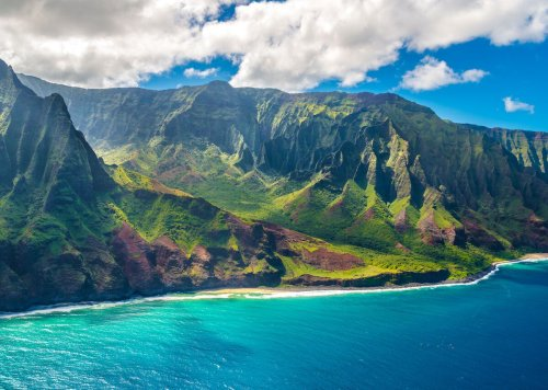 Hawaii declares a climate emergency, and that could make travel more sustainable
