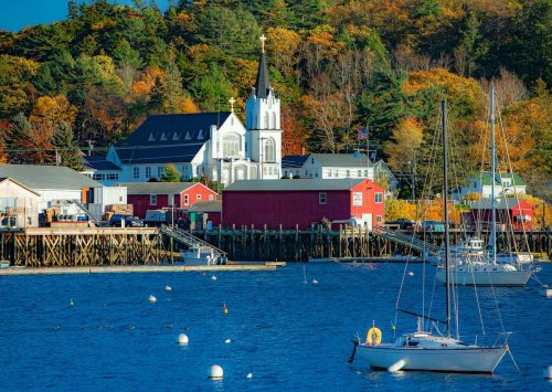 7 small Maine coastal towns for puffins, craggy shores, and delicious seafood