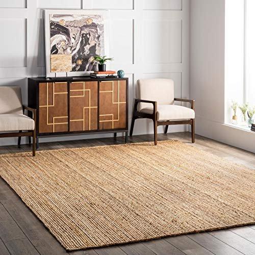 Hand-woven jute area rug