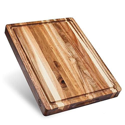 Thick acacia wood cutting board