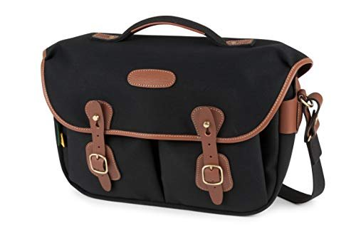 A retro-inspired camera bag with plenty of space