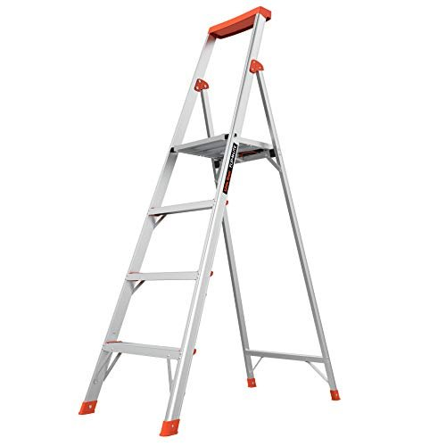 Versatile 6-foot stepladder