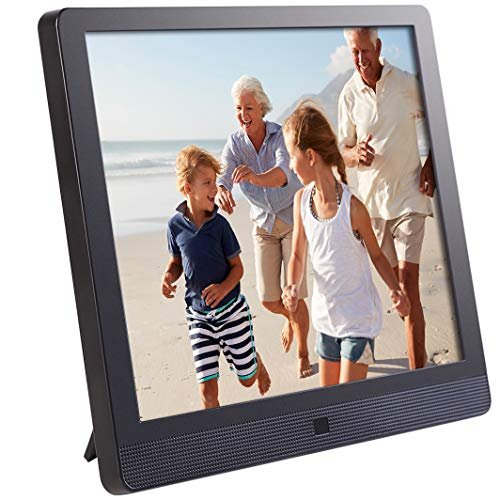 Reminisce with a digital picture frame