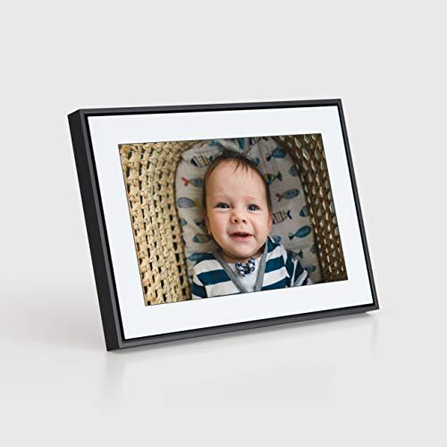 Apply a 20% coupon on a WiFi-enabled digital picture frame