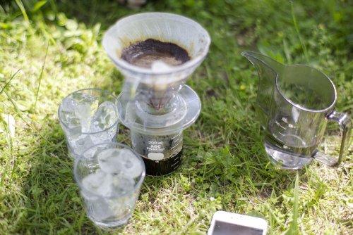500円の「割れないグラス」が外でコーヒーを淹れて飲むのに最高なアイテムだった   ROOMIE(ルーミー)